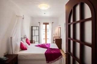 argo enosis apartments bedroom