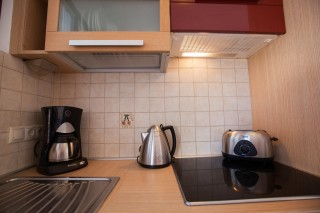 argo enosis apartments utensils