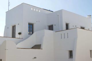 penthouse enosis apartments building