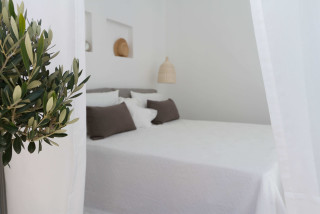 penthouse enosis apartments cycladic room